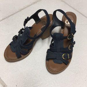 Gianni Bini Size 6 navy heel